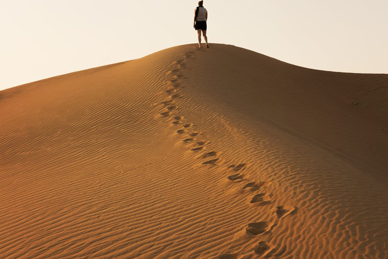Lauren Bath - Dune Tracks Travel Photography Desert, Dubai United Arab Emirates